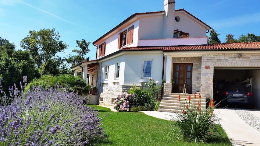 Brseč 2017 20 mejores villas en brseč apartamentos villas airbnb en brseč condado de primorje gorski kotar croacia