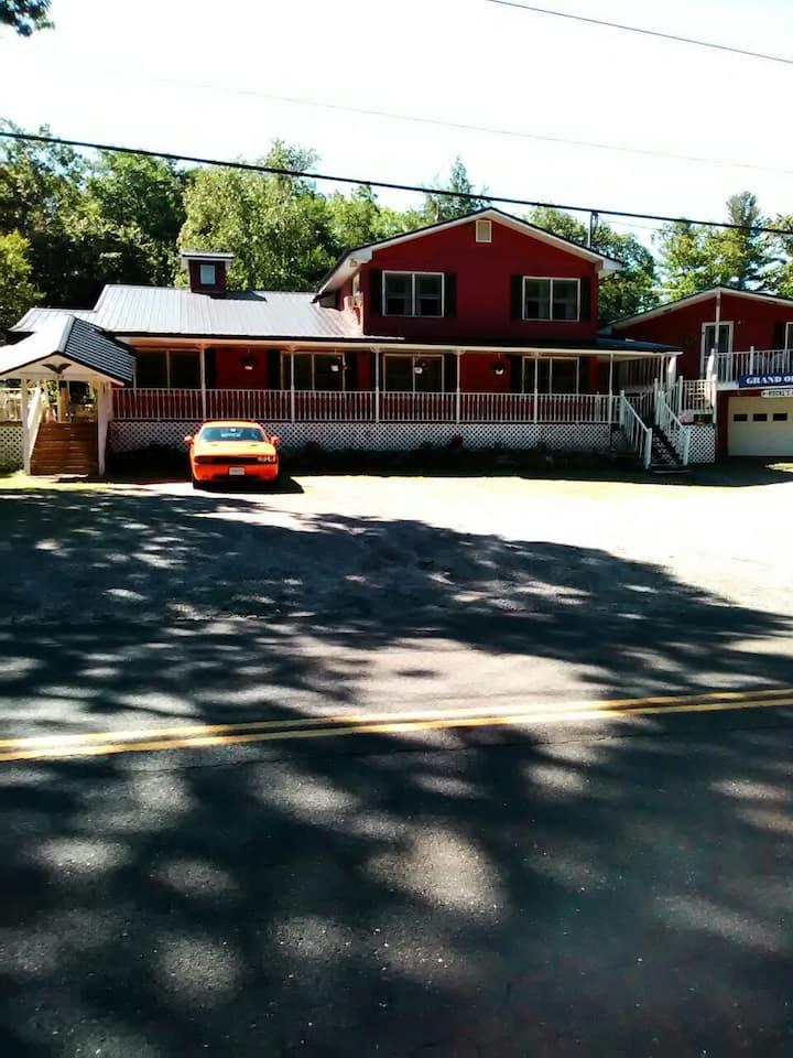 East Otis Rentals cozy and private