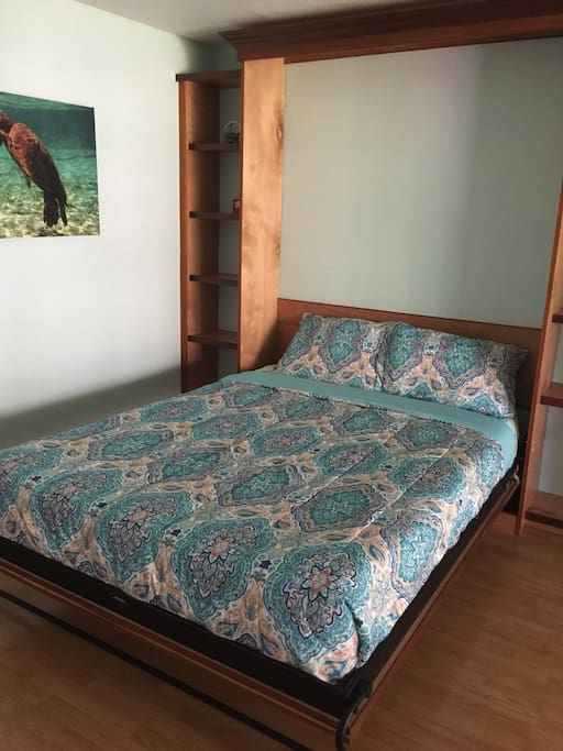 Comfy queen memory-foam mattress
