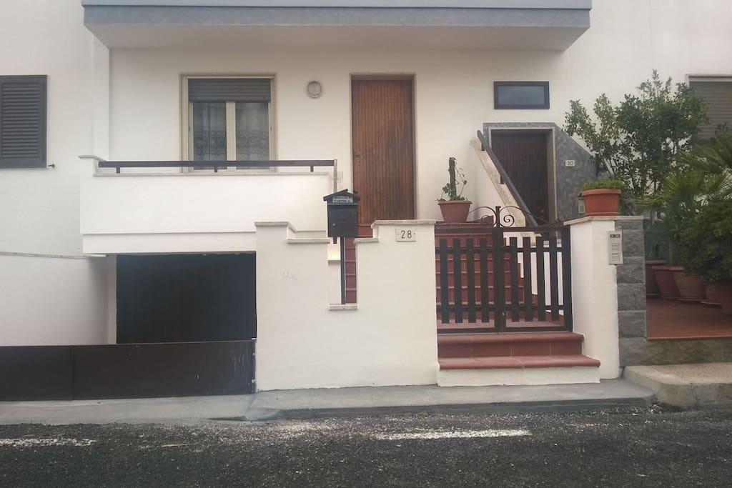 La casa dell 39 ospite appartamenti in affitto a racale - Ospite in casa legge ...