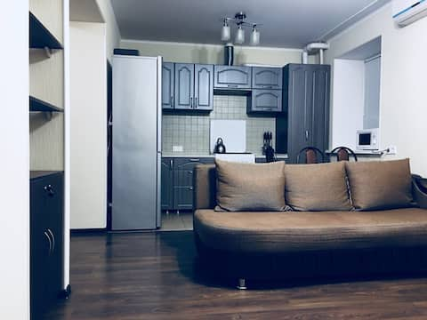 Уютная 2-Х комнатная квартира на Боевой