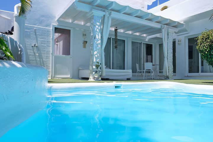 Luxury Villa  Olivia with private pool