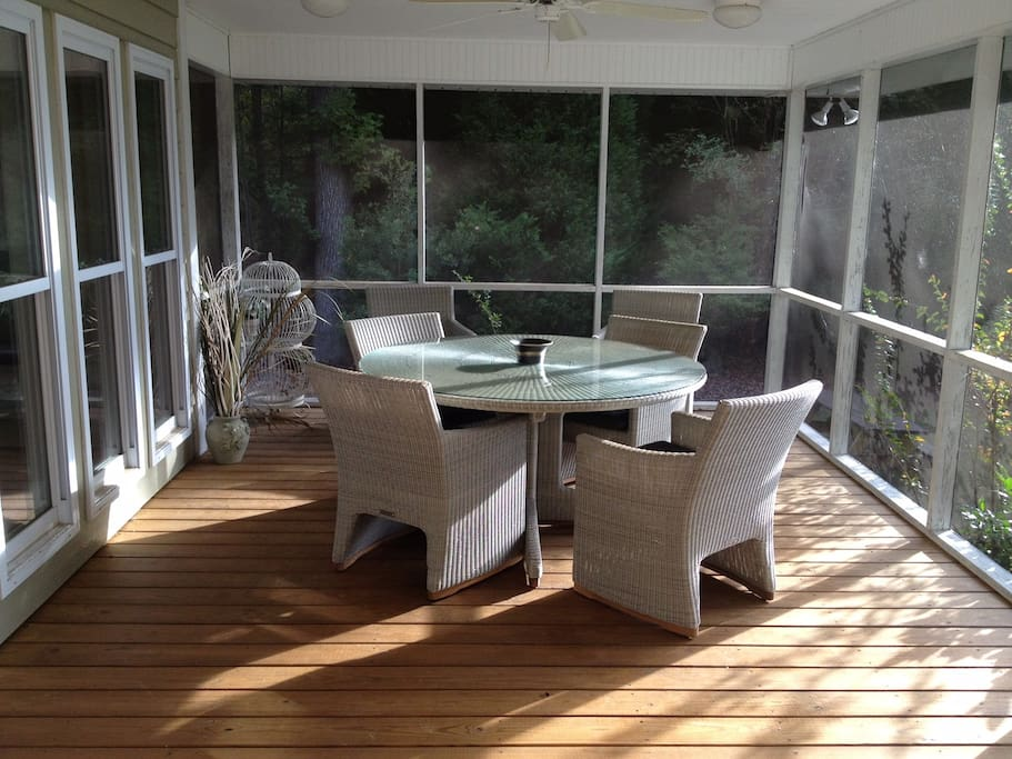 Dining in Screened Porch