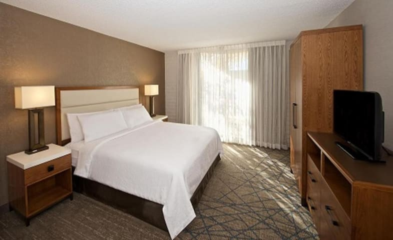 Smart Suite Double Bed Non Smoking At Air Force Academy