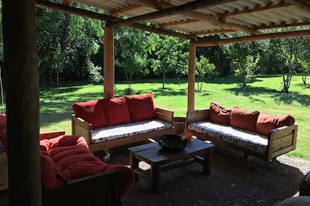 Casa de Campo, próxima a la ciudad - Carrasco del Sauce  - Naturstuga