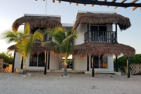 Casa Kayab... Eco Guest House Room 1 in Puerto M.