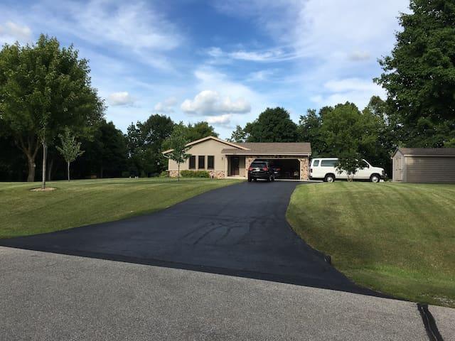 2017 US Open Golf Tournie 3 bedrooms - Hubertus - Casa