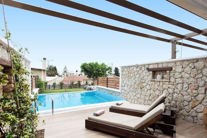 Studio Suite with Private Pool