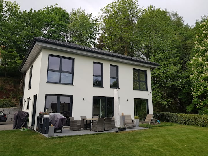 New house near Munich, airport+trade fair center