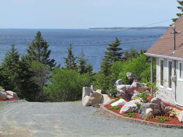 Your Own Cottage near White Point Resort - Hunts Point