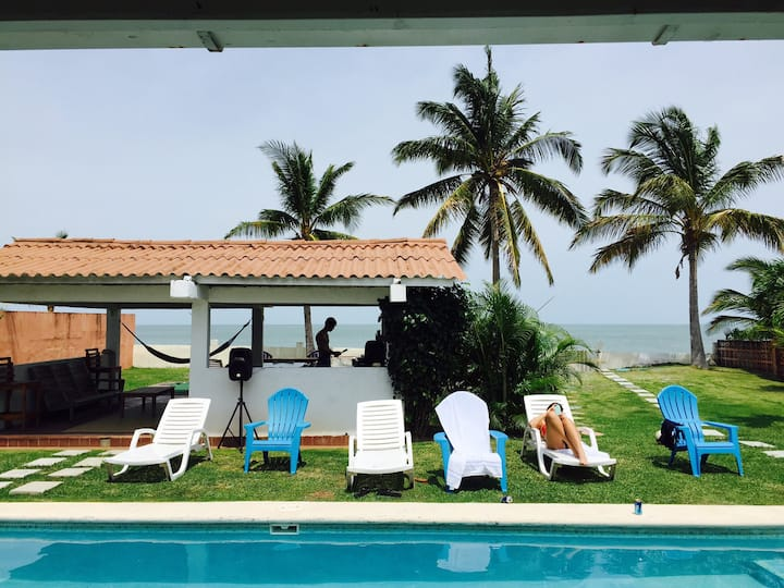 Ocean front House - 4BR/4BA + Pool