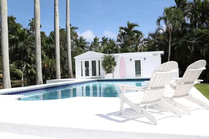 5 Palms Cottage, Miami, Florida