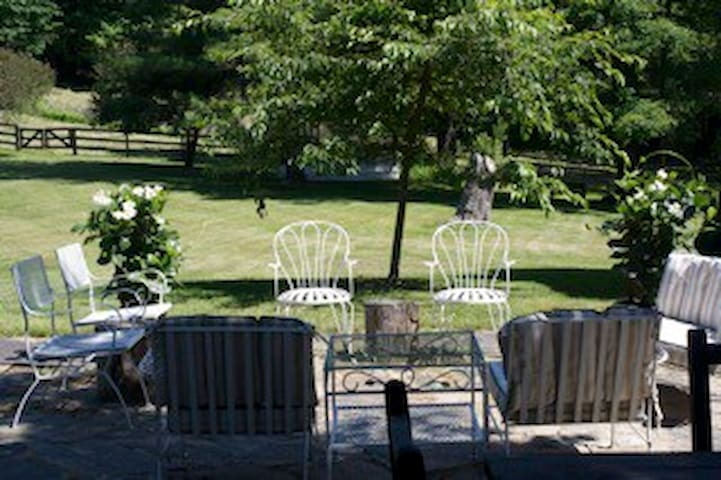 18 C Wits End Farm B n B - Bethlehem - Bed & Breakfast