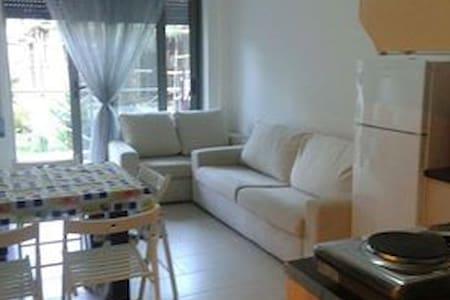 Appartamento con tutti i confort - Vlorë - Daire
