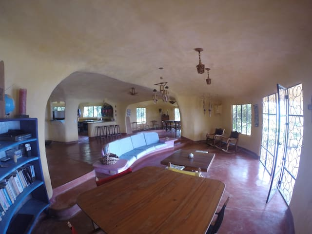 AMAZING COUNTRY HOUSE IN MARSELLA, ANTIOQUIA