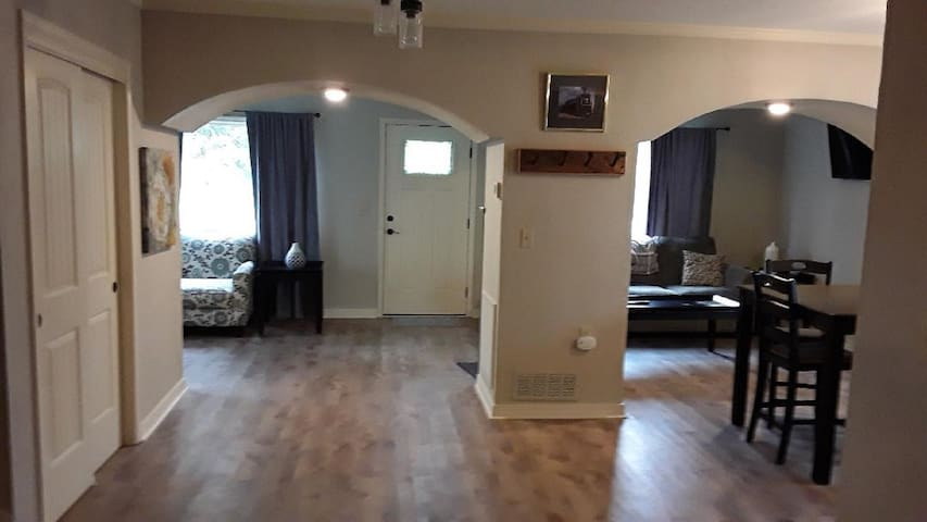 3 bedroom, 2 bath house. Renovated. Downtown