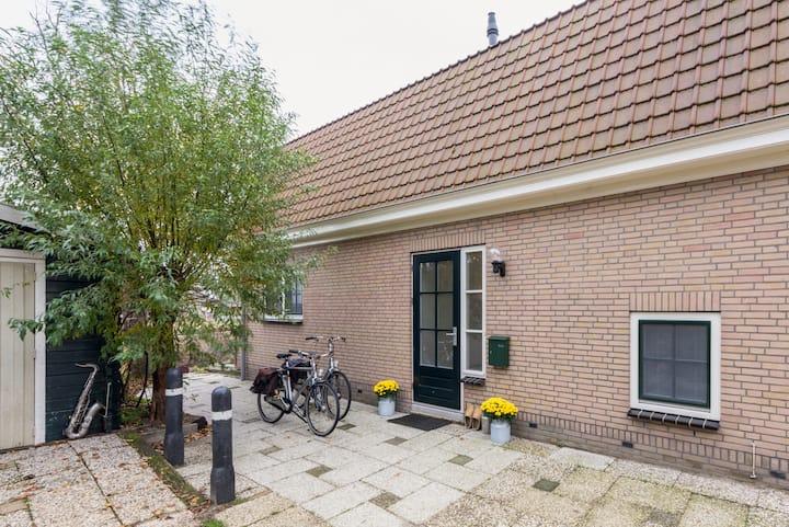Luxe vrijstaande Vakantiewoning bij Amsterdam
