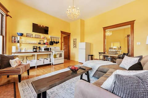 Victorian Suite bordering park and Downtown SLC