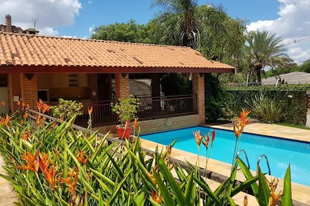 Casa estilo chácara para aluguel em Piracicaba