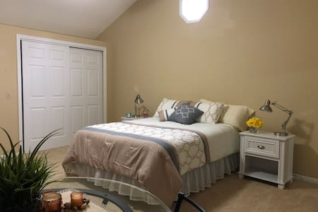 Comfortable and privately bedroom/bathroom