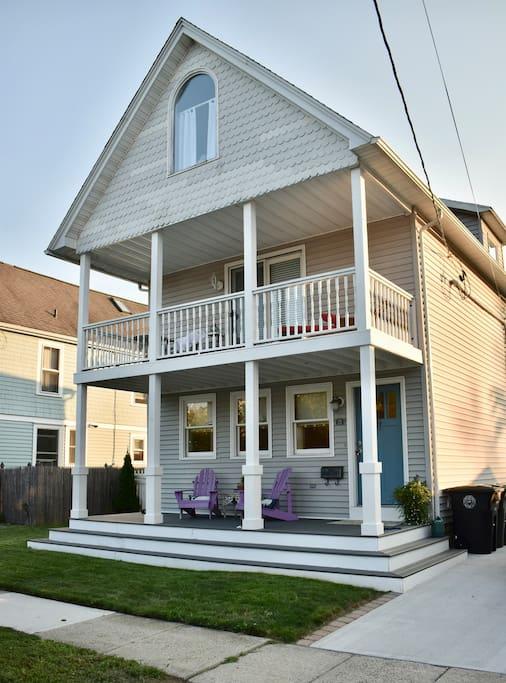 enjoy 2 front porch