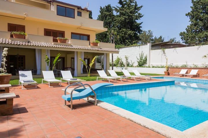 Domus Sicily - Villa Castelforte - Mondello