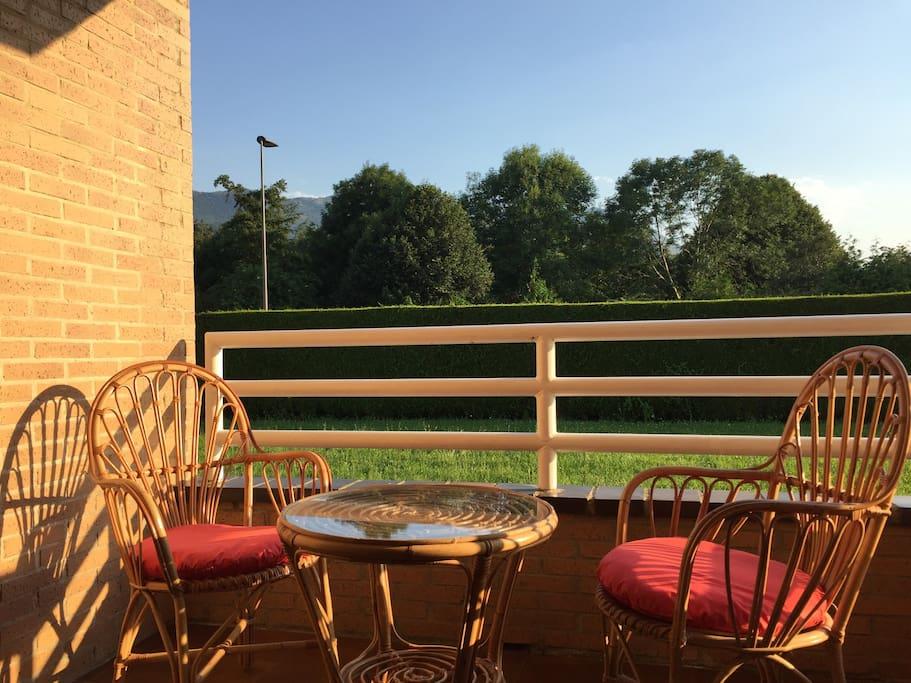 La terraza nos permite momentos perfectos de relax.
