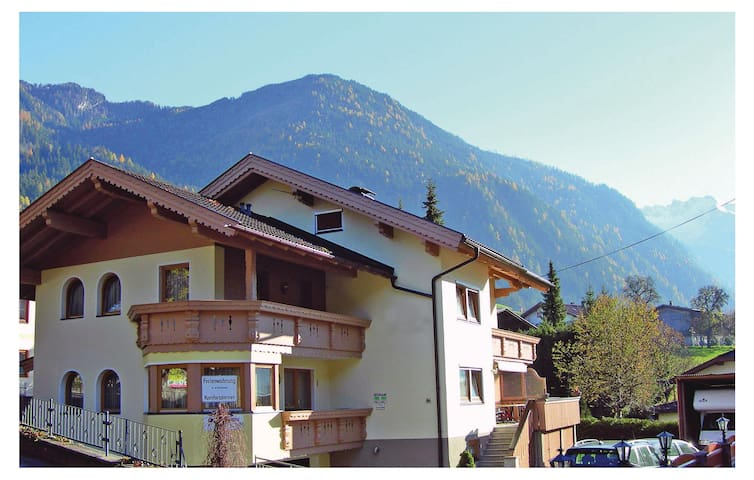 Holiday apartment with 2 bedrooms on 59 m² in Ramsau im Zillertal