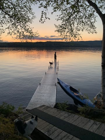Gorgeous lakefront, sunsets, just renovated!
