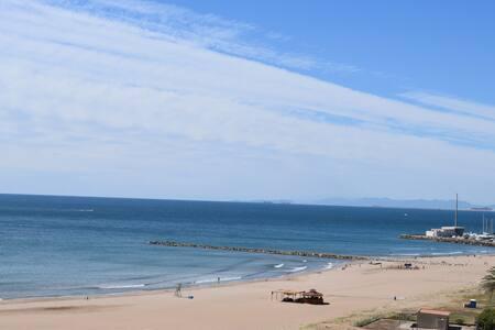 Apartamento en la playa con vistas al mar - El Puig de Santa Maria