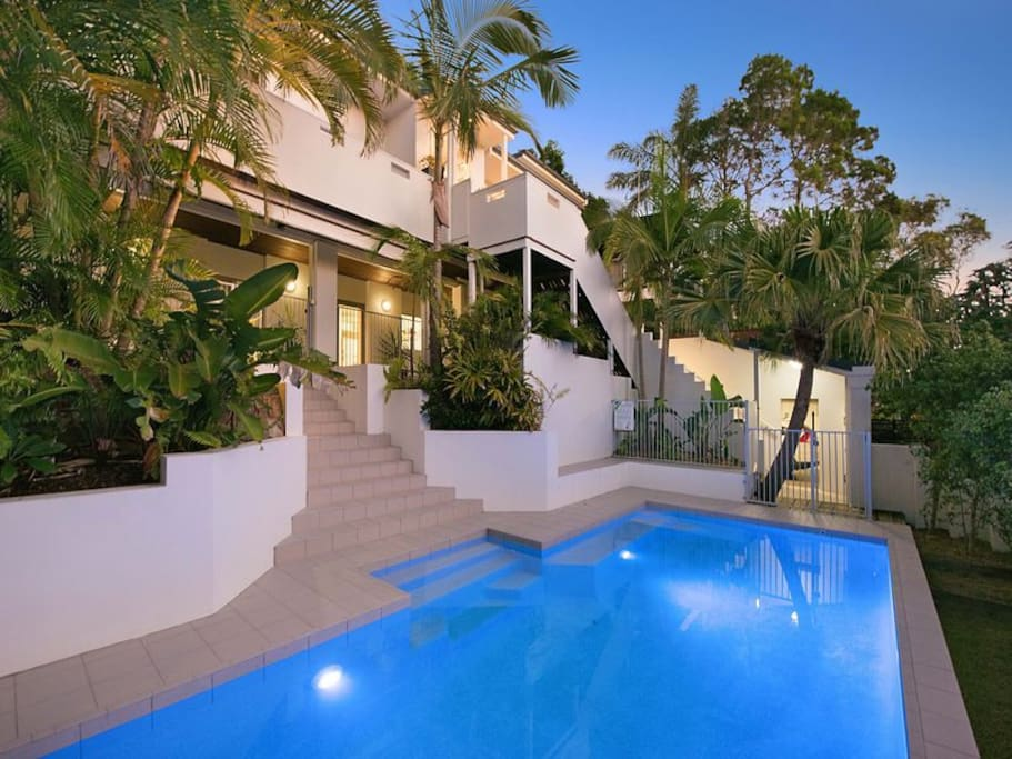Beautiful relaxing pool!