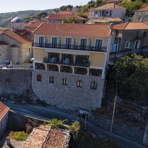 Hotel Agia Theodora Isaris