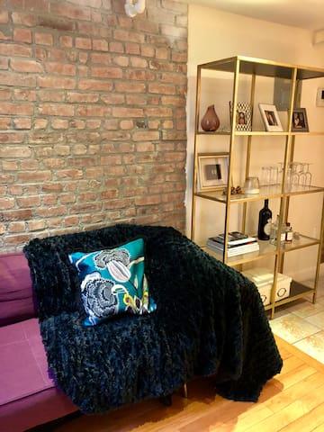 Sun kissed, loft studio in the heart of Chelsea