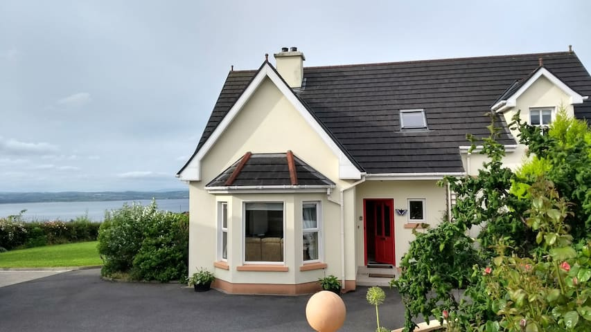 Double room with sea view Mountcharles Donegal