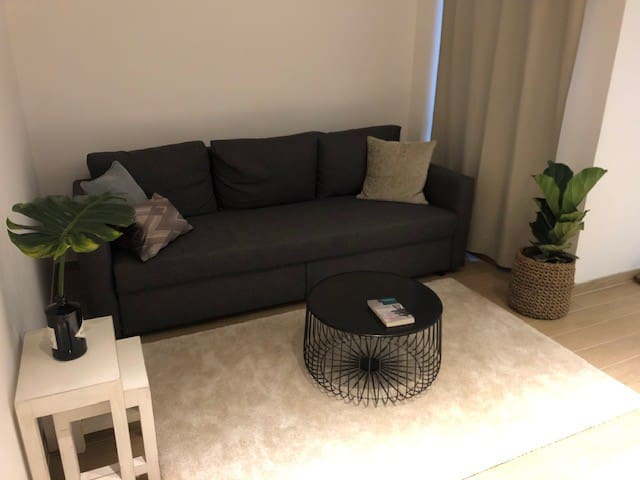 Newly renovated apartment in the heart of Wan Chai