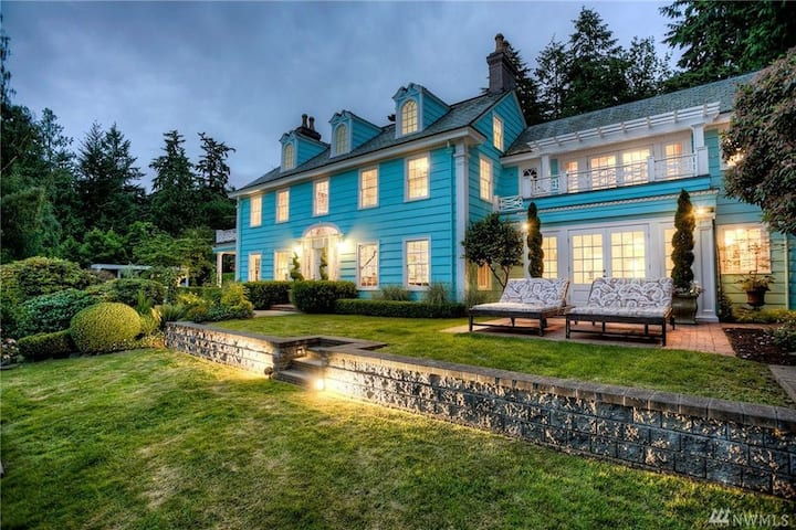 Stunning 1920s Mansion, Puget View, monthly rental