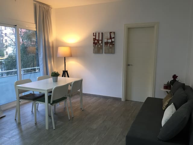 Comfortable room close to center! - Barcelona - Apartament