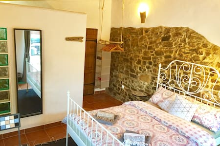 ❂Rustic getaway w/en-suite bath+BBQ• 6km to beach