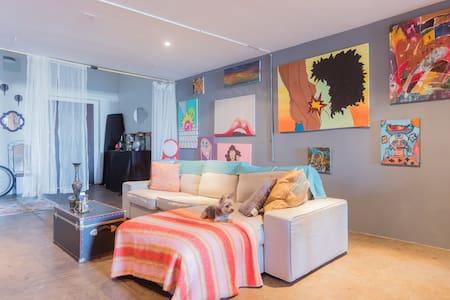 Private Room in Large Artist Loft DTLA - Los Angeles