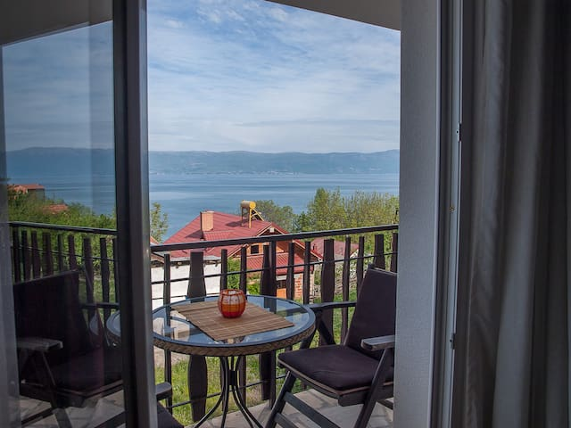 Cosy apartment with lake view - Ohrid - Villa