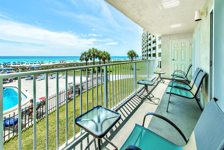 Gulf FRONT for 6☀Gulf Views☀Inspected & Disinfected☀2BR Moonspinner 211B