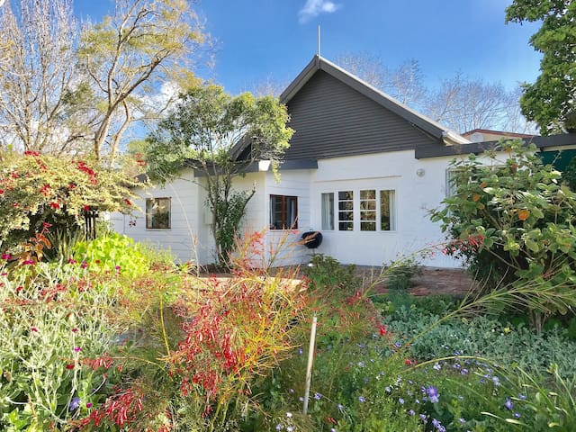 Garden Road Cottage in Belvidere Knysna