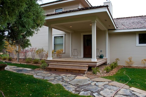 Single Family Home located on 4 Eagle Ranch