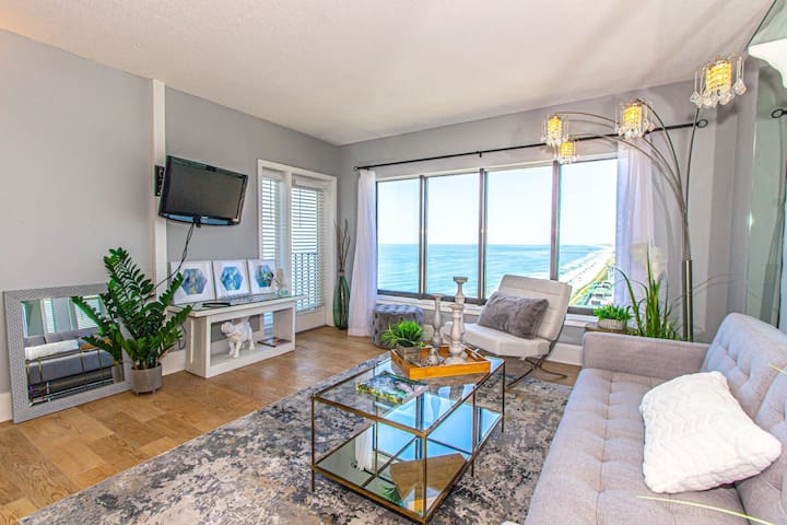 Upscale Luxury Apartment~Palace Resort 2109~Completely Renovated