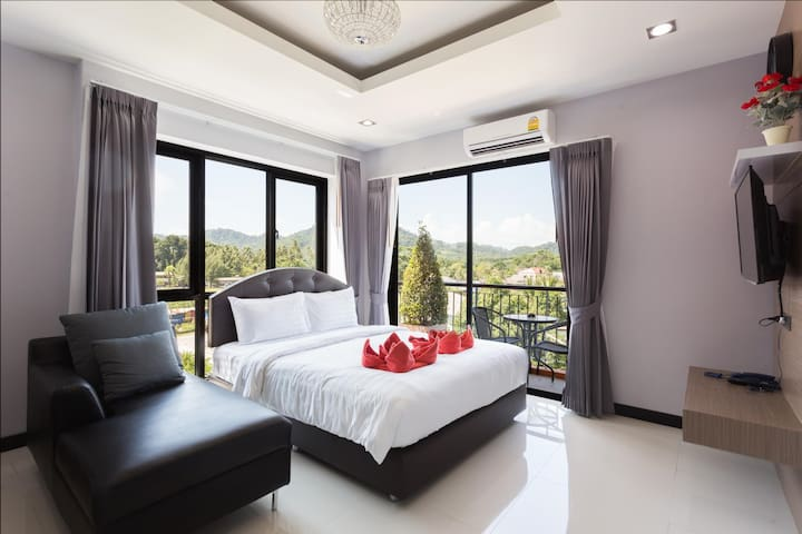Luxury and Spacious Room at The Lucky Beach Aonang