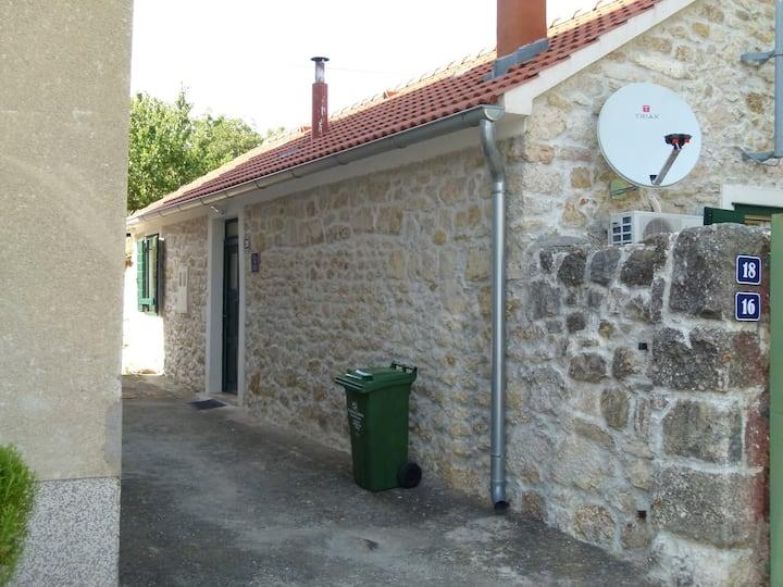 stone house Angela
