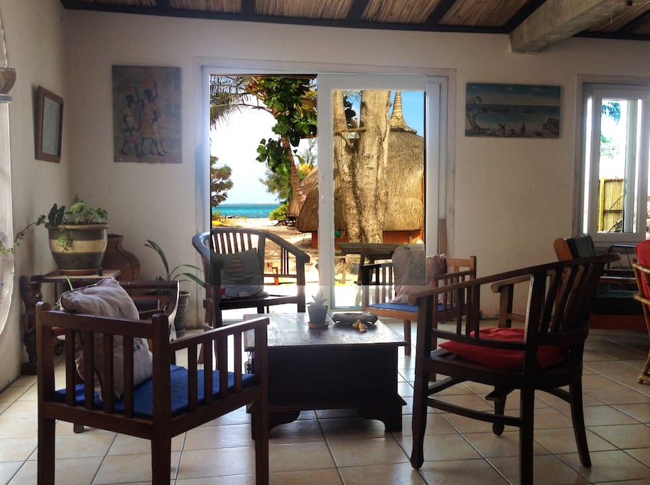 commun area, view on the sea from the house.
