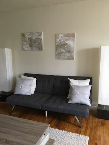 Shared Space in Cozy Apartment - New Brunswick - Apartment