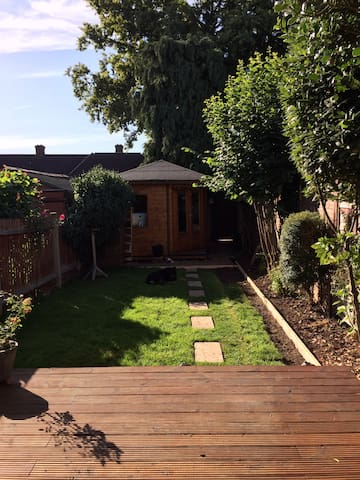 2 Bedroom House not far from centre