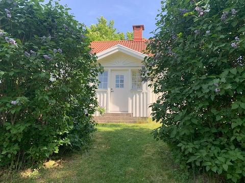 Vacker stuga i Dalsland med närhet till skog & sjö